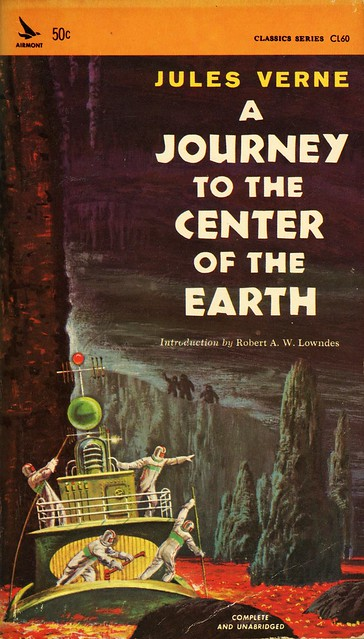Airmont Books CL60 - Jules Verne - A Journey to the Center of the Earth