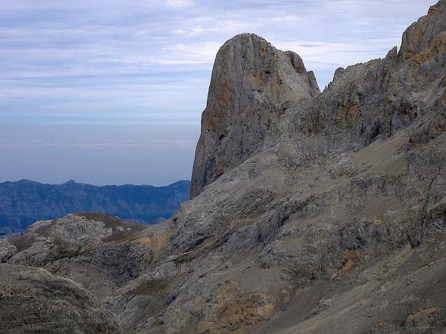 Otoño frente al Picu Urriellu