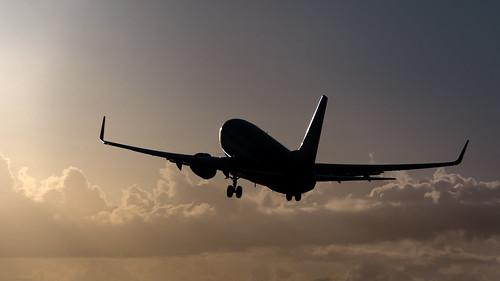 sunset beach plane airplane island saintmartin nikon aircraft aviation jet stmartin landing airline caribbean boeing stmaarten takeoff sxm airliner 737 suncountry sintmaarten b737 tncm 737700 73g b737700 clodus d7100 b73g bensenior nikond7100 n716sy