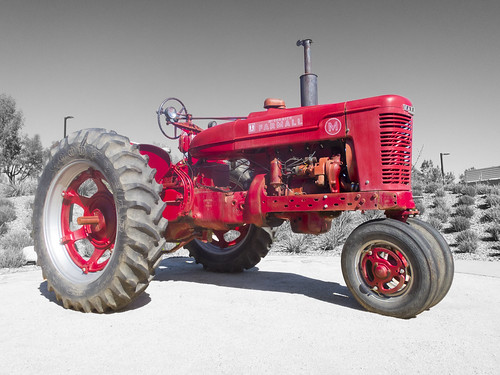 red tractor color classic vintage antique farm harvest international pasture fields plow plough harvester farmall ih selective mccormick cultivate explored