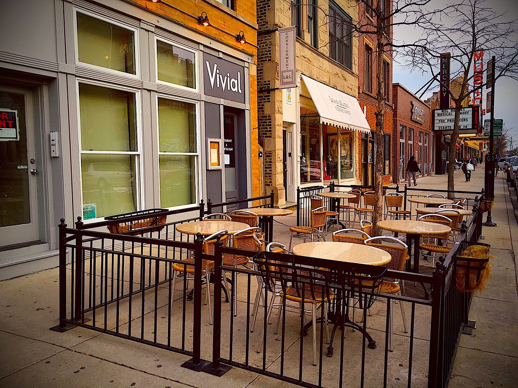 Spring 2016 on Southport in Chicago