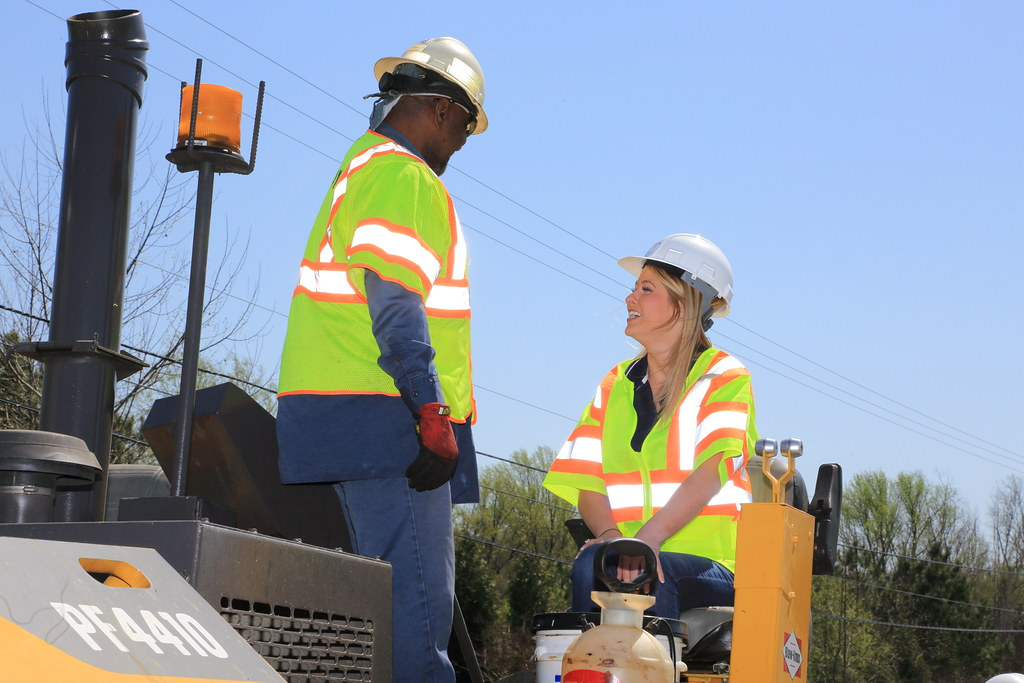 _C5A6686_RTS   VDOT and Lee Hy Paving were joined by Nikki
