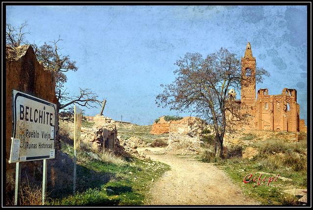 Ruinas históricas. Entrada al Pueblo Viejo.
