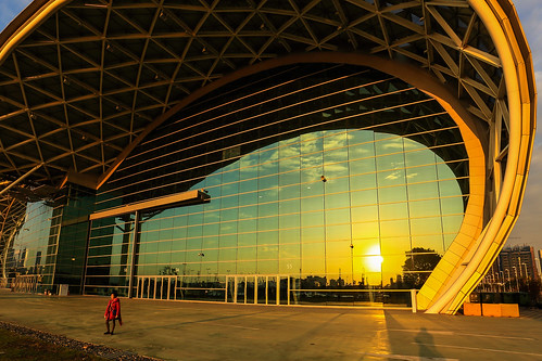 sunset sky cloud sun sunlight reflection architecture clouds canon reflections glasses taiwan wideangle exhibition kaohsiung 夕陽 台灣 高雄 天空 6d 1635 wideanglelens 玻璃 世貿 反射 kaohsiungcity canon6d 展覽館 高雄世貿 1635mmf4l kaohsiungexhibitioncenter 1635f4l