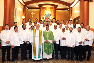 Extra Ordinary Ministers of the Holy Communion | by successfulpinoy