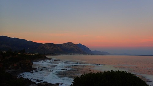sunset sea holiday mountains beautiful hermanus southafrica seaside april sa westerncape 2016