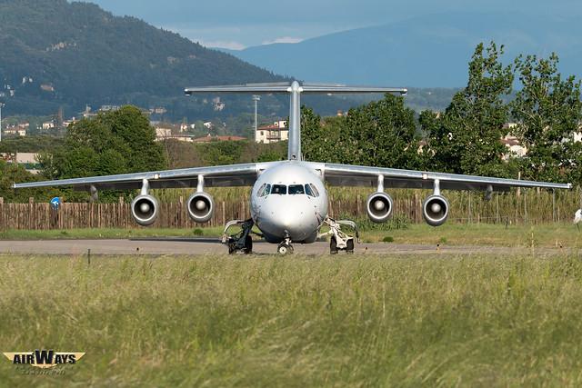 CityJet British Aerospace BAe Avro RJ85 EI-RJT - Florence Peretola Airport