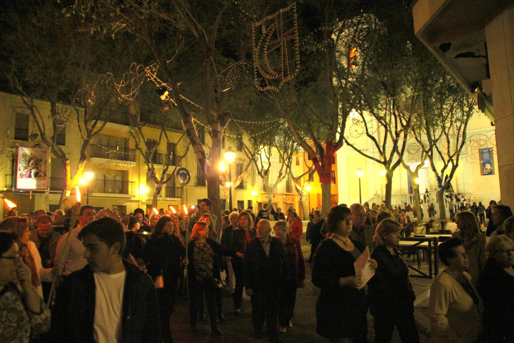 (2014-04-01) -  V Vía Crucis nocturno - Javier Romero Ripoll (85)