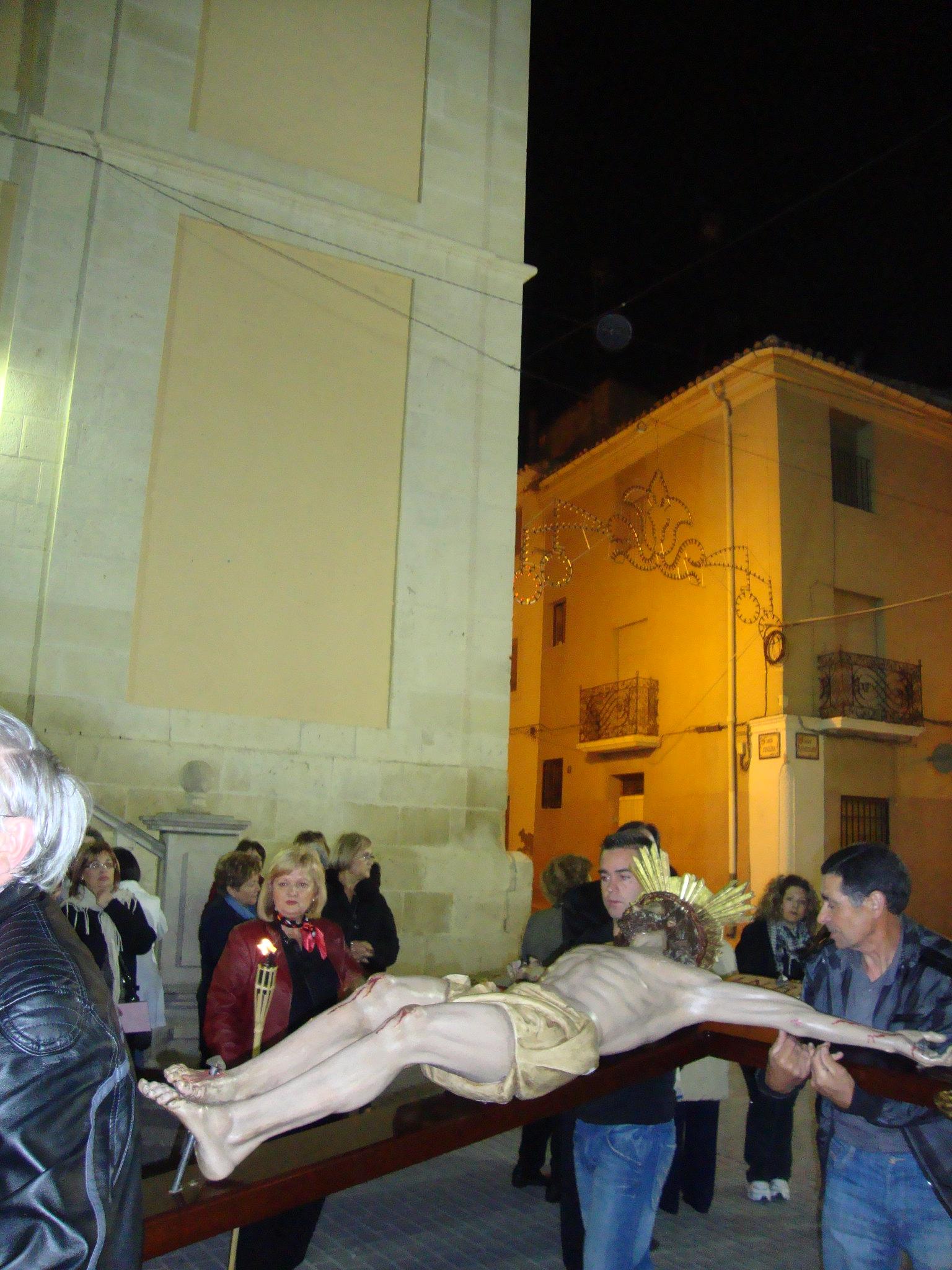 (2011-04-15) - II Vía Crucis nocturno - Javier Montesinos Villaplana -  (10)