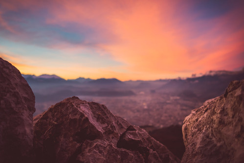 alps stone clouds grenoble sunrise frankreich rocks fr rhônealpes latronche