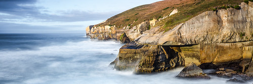 longexposure wild seascape landscape coast seaside rocks waves wind cliffs shore lee otago peninsula savage tunnelbeach bigstopper