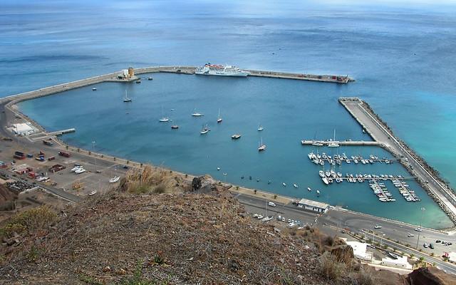 La dársena del puerto de PortoSanto