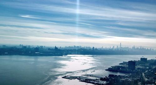 city nyc sky usa cloud ny newyork reflection water buildings river landscape photography lights us photo seaside shadows outdoor manhattan unitedstatesofamerica bluesky shore cityphotography majkakmecova motorolaxt1023