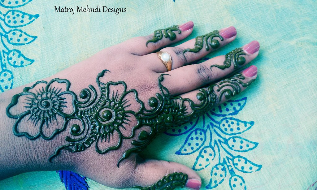 beautiful simple easy mehndi design for hands,Matroj Mehnd