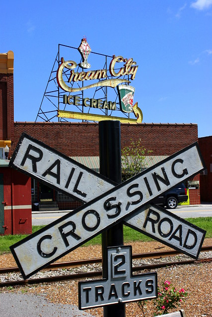 Railroad Crossing at the Cream City district (Daytime) - Cookeville