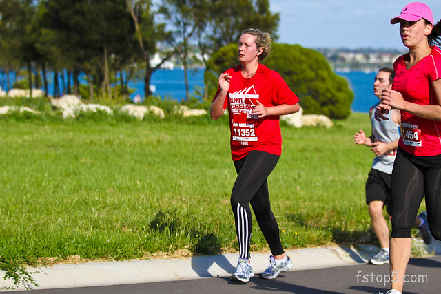 Run Geelong, 6 & 12 km event on 21 Nov 2010.   About the 4 km mark, along Hearne Pde.
