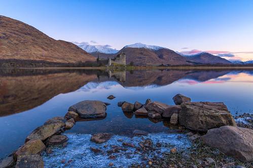 uk blue sky castle sunrise landscape scotland unitedkingdom britain glencoe hdr firstlight northscotland kilchurncastle