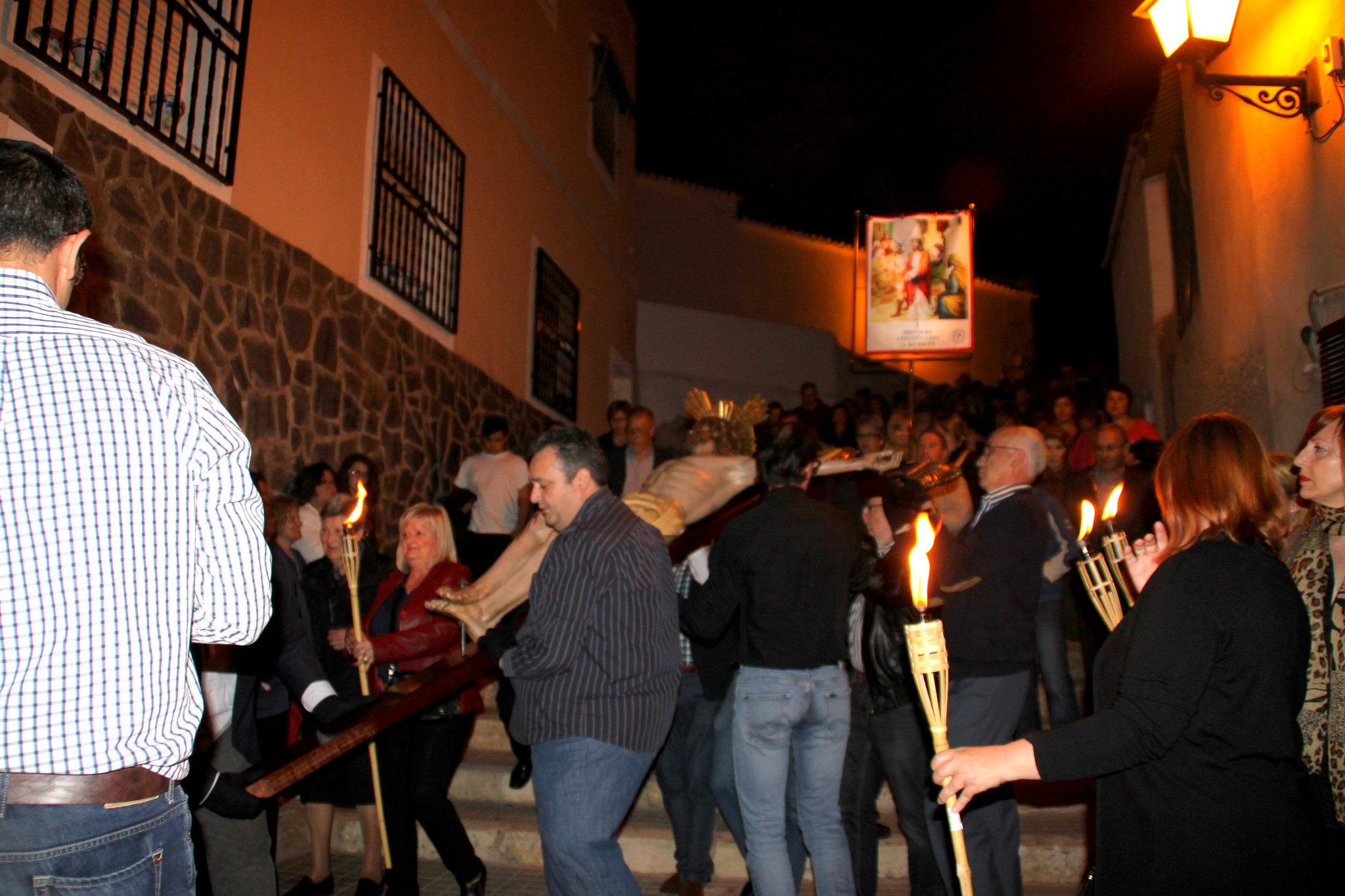 (2014-04-01) -  V Vía Crucis nocturno - Javier Romero Ripoll (15)