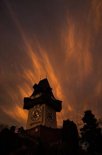 sunset dawn austria evening abend österreich sonnenuntergang dämmerung graz steiermark autriche styria uhrturm hiwosomoshots schlosberg cloudsstormssunsetssunrises infinitexposure