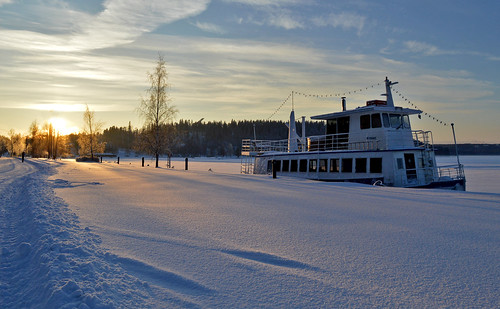 winter snow landscape evening ship light finland sky cold frost sunlight suomi maisema talvimaisema laiva pakkanen lunta vesijärvi järvi d3200 nikond3200 europe