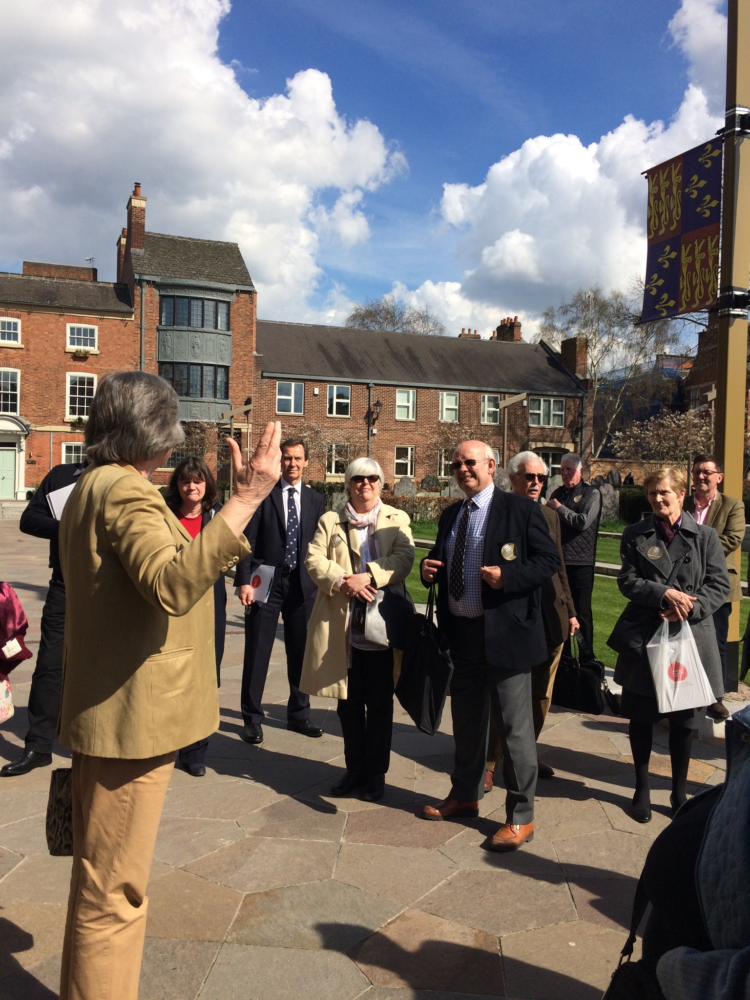 Tour of Leicester Cathedral grounds