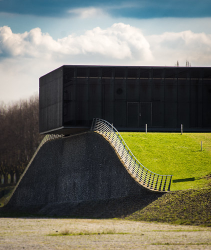 Kölner Architektur 2   by ZoneFlow