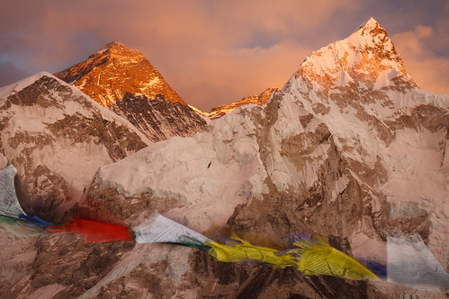 ebctrek kalapatthar khumbu mounteverest prayerflags wavingflags windy mountain outdoor everesttrek geographicfeatures earth exhibed nepal
