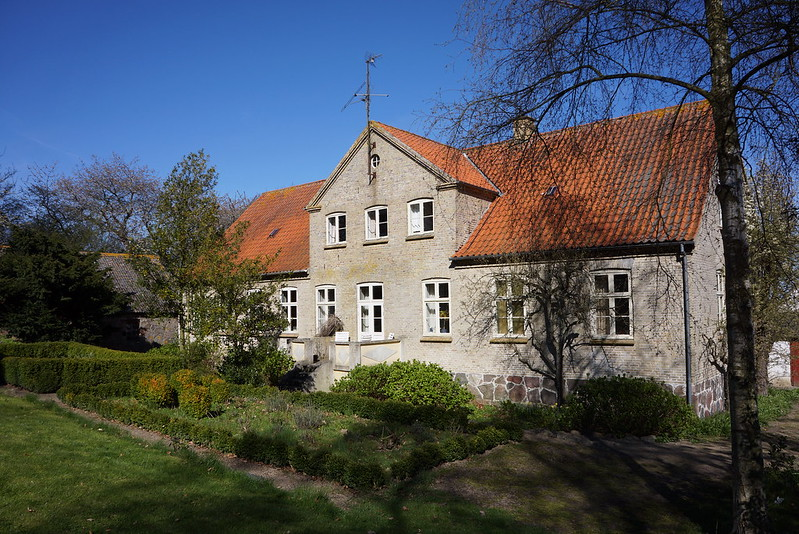 Tjoernbjerg-Stuehus-april-2014