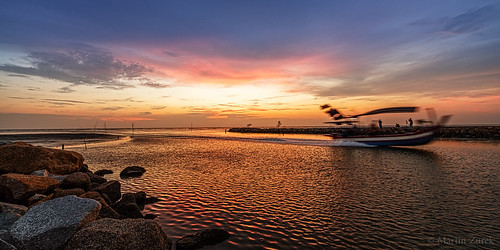 travel light sunset panorama cloud sun holiday color reflection water colors beautiful clouds speed river boat moving nice movement colorful glow pano ngc wave special malaysia extra balikpulau seldom pulaupinang my canon5dsr 5dsr