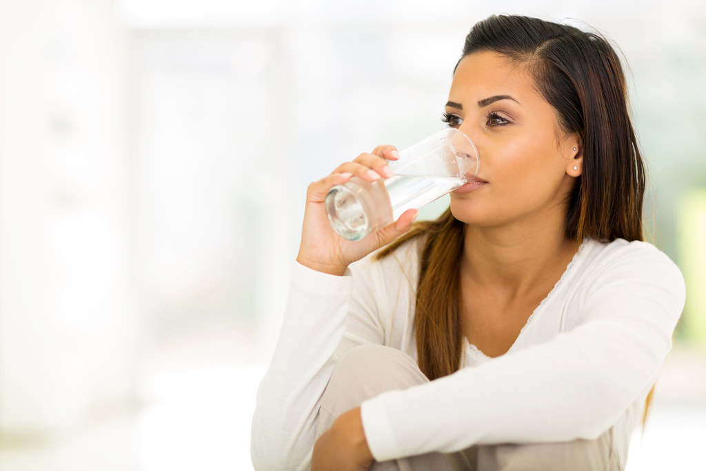 11 Reasons Why Dehydration Is Making You Sick and Fat