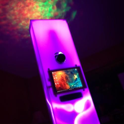 Digging the aura around our new Radiant Photo Booth kiosk! #syracusephotographer #syracuse #alterimage #radiantphotobooth #picoftheday #photobooth | by Rick Needle Syracuse NY Photographer