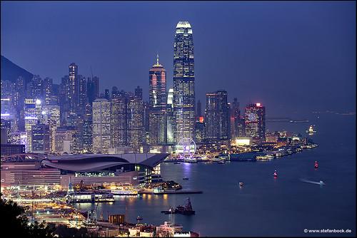 china sea skyline architecture skyscraper hongkong see wasser nightshot citylights stadt architektur bluehour hongkongisland wolkenkratzer blauestunde watercity bremarhill