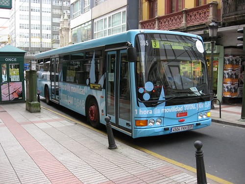 bus azul | by Gustavo Fariña