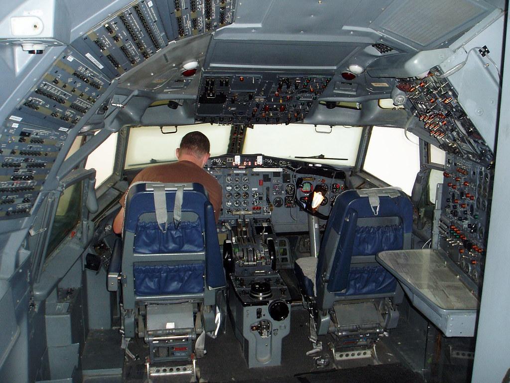 B727-200 Cockpit, Boeing Everett Plant, Seattle  | Ruthann