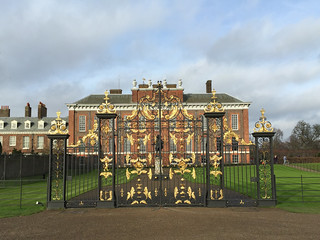 Gold Gates, Kensington Palace | by diamond geezer