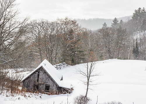 Old Barn in Winter | by Tim_NEK