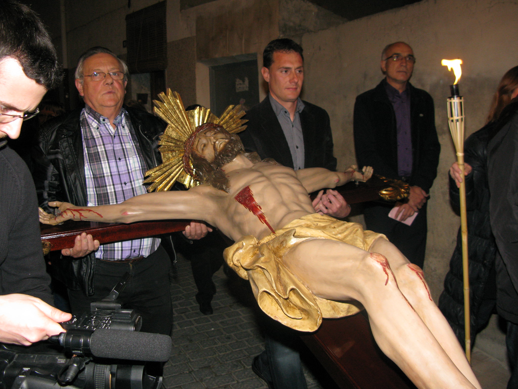 (2011-04-15) - II Vía Crucis nocturno -  Antonio Verdú Navarro (14)
