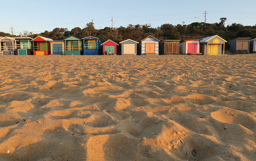 friends sunset people beach buildings landscape outdoors evening seaside sand colorful sundown dusk australia melbourne victoria colourful morningtonpeninsula bathingbox mountmartha