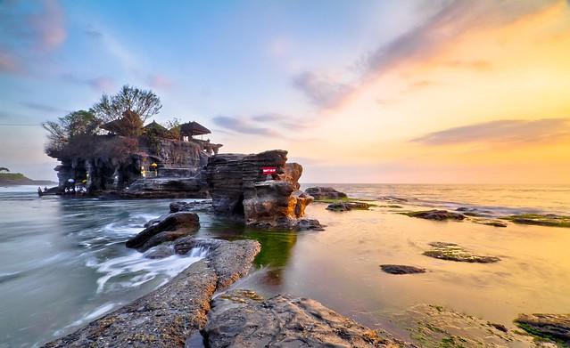 Orange/Blue • Tanah Lot, Bali