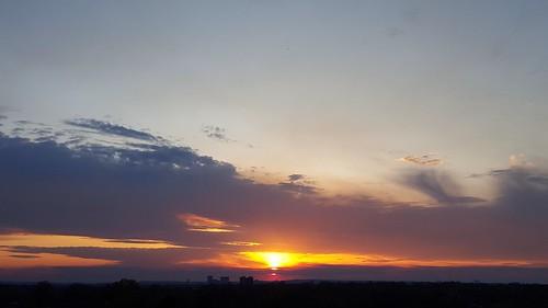 sunset bartlesville soonerpark cloudsstormssunsetssunrises galaxys6 soonerparkplaytower