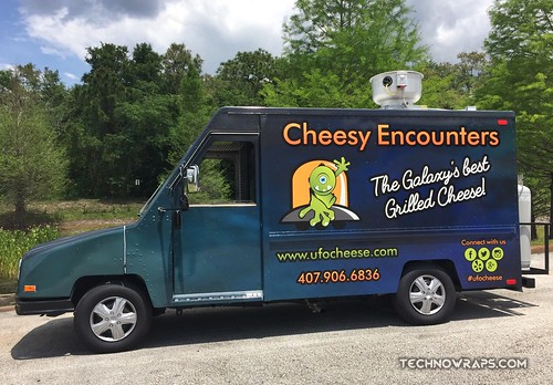 Vinyl food truck wrap by TechnoSigns in Orlando