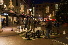 Chess players at the Max Euwe square