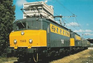 NS 1148 en NS 1153 met internationale trein | by marten_steenman