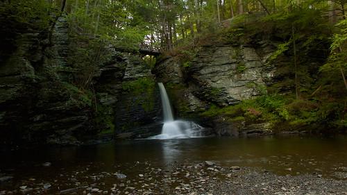 park bridge summer nature water pool landscape waterfall view pennsylvania wide falls cliffs deer story pa greens geology leap shady delawarewatergap slowshutterspeed 16x9 recreationarea deerleap