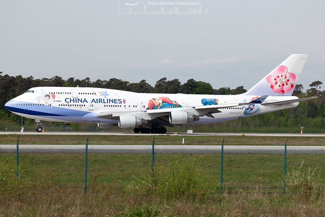 B-18203 China Airlines Boeing 747-400