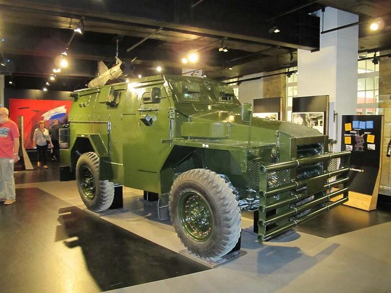FV1611A Humber Pig Mk.2 1