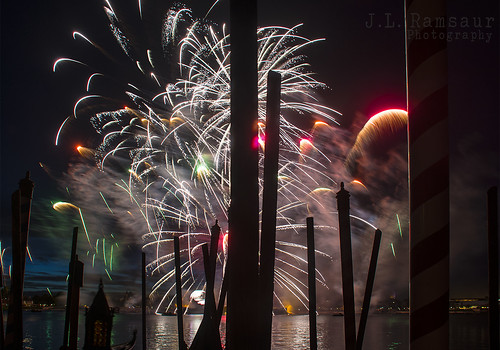 Epcot IllumiNations - Reflections of Earth