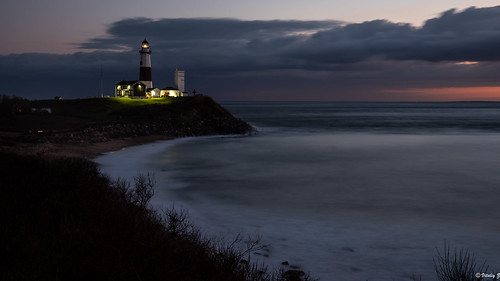ocean morning lighthouse ny beach night sunrise lights nikon longisland atlantic d750 montauk fx atlanticocean