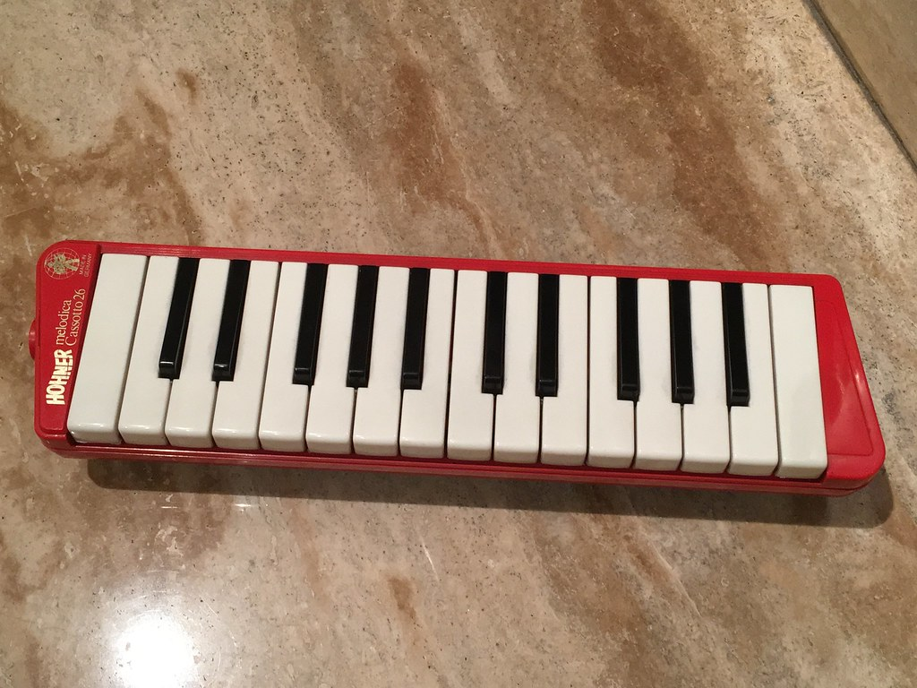 """My """"new"""" vintage Hohner Cassette melodica"""
