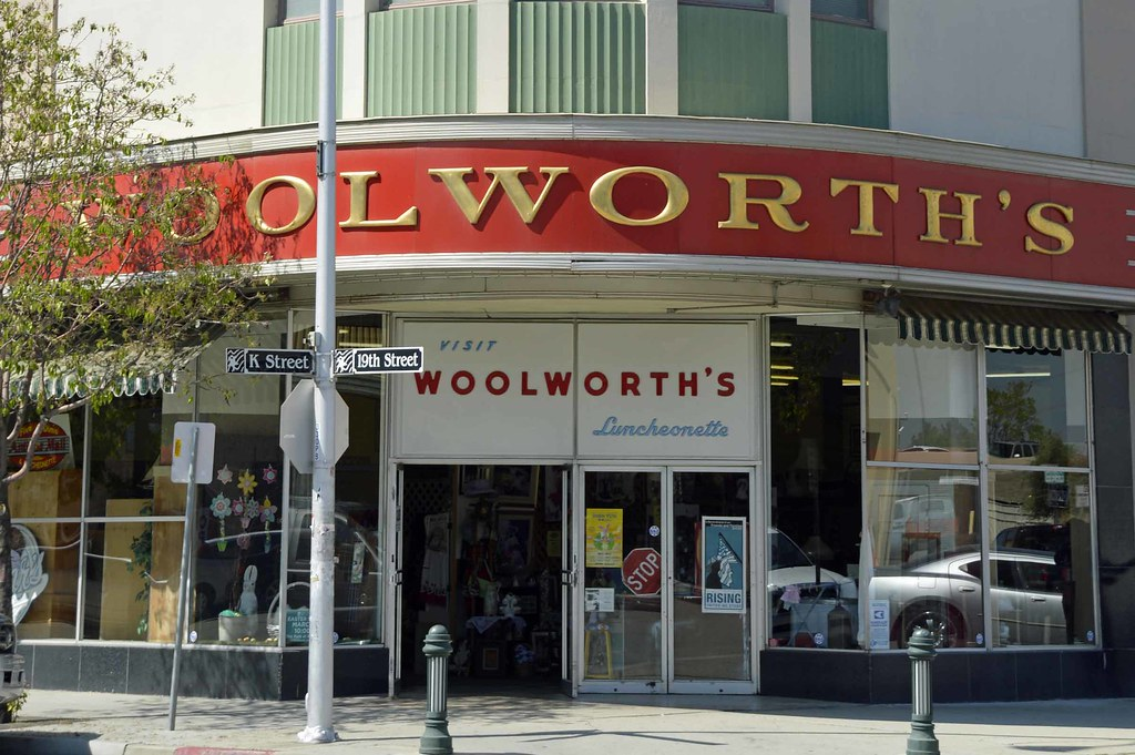 Woolworth Diner | 1400 19th St, Bakersfield, CA 93301 Cross